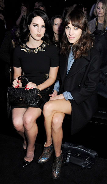 alexa-and-lana-del-ray-at-mulberry[1]