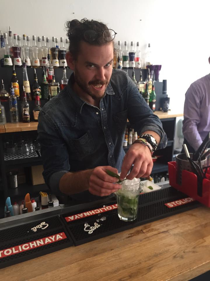 how to become a certified bartender